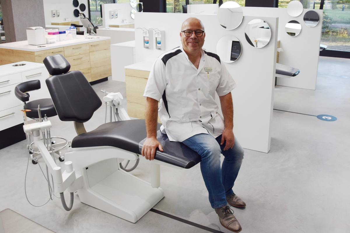 « Les ORTHORA 200 sont les Rolls Royce des fauteuils orthodontiques »